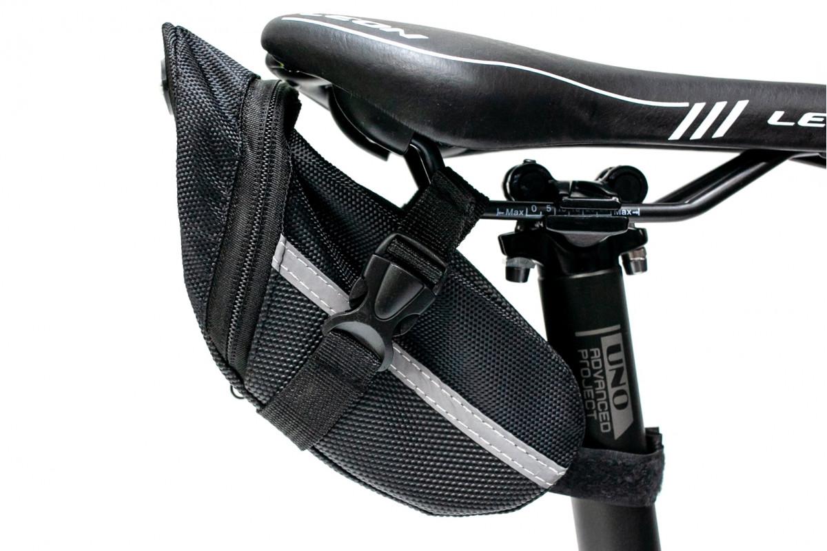Фото Велосумка мини под седло черный BRAVVOS AZ-401 с официального сайта OSKAR™