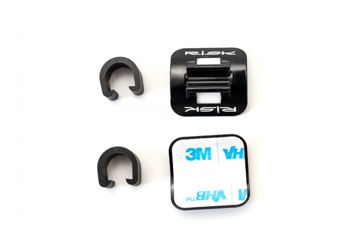 Фото Бонка накладная самоклеющаяся RISK с пластиковой клипсой (упак. 10 шт) с официального сайта OSKAR™